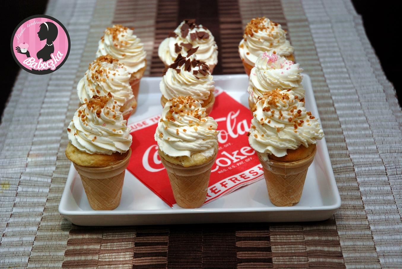 ciepłe lody pomysły na słodkie desery i przekąski na wesele babeczka studio tortów