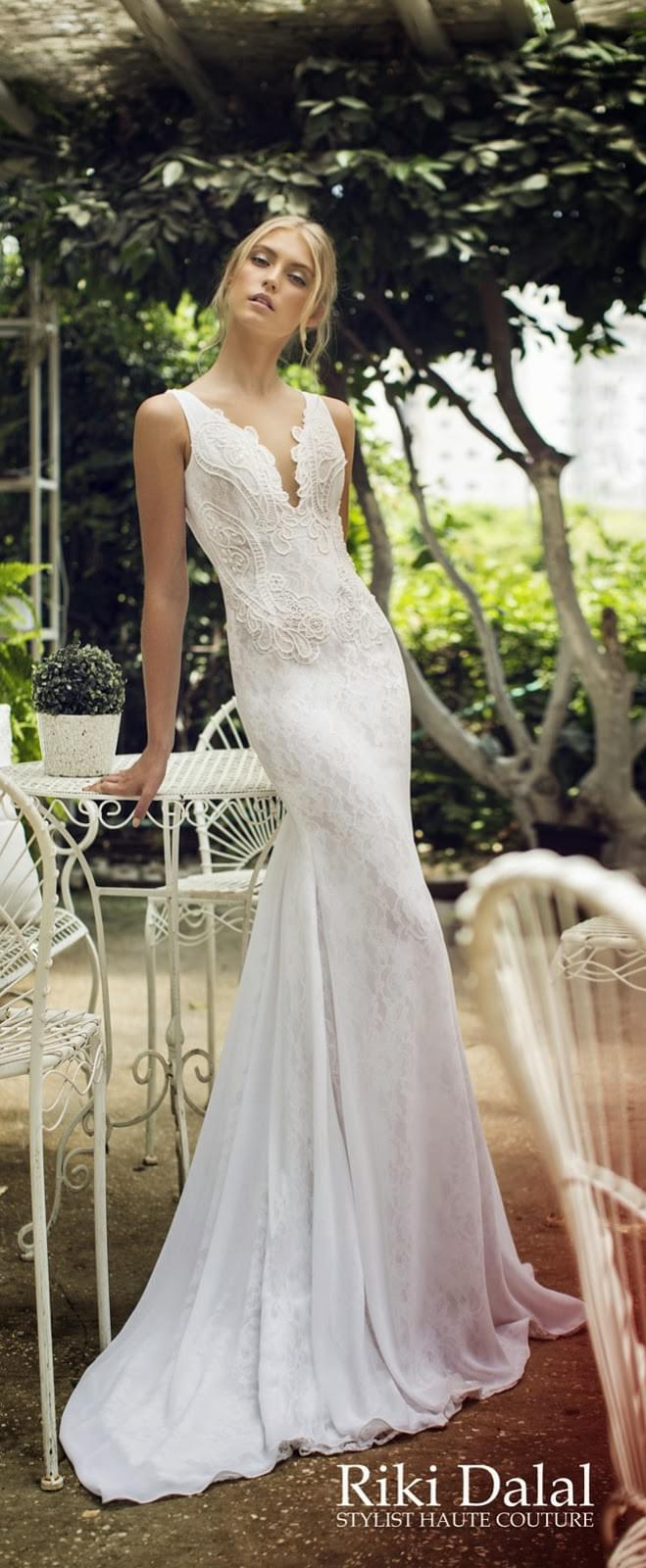 Riki Dalal suknie ślubne z oronka sesksowne kobiece długie lejące blog ślubny inspiracje boho elegant