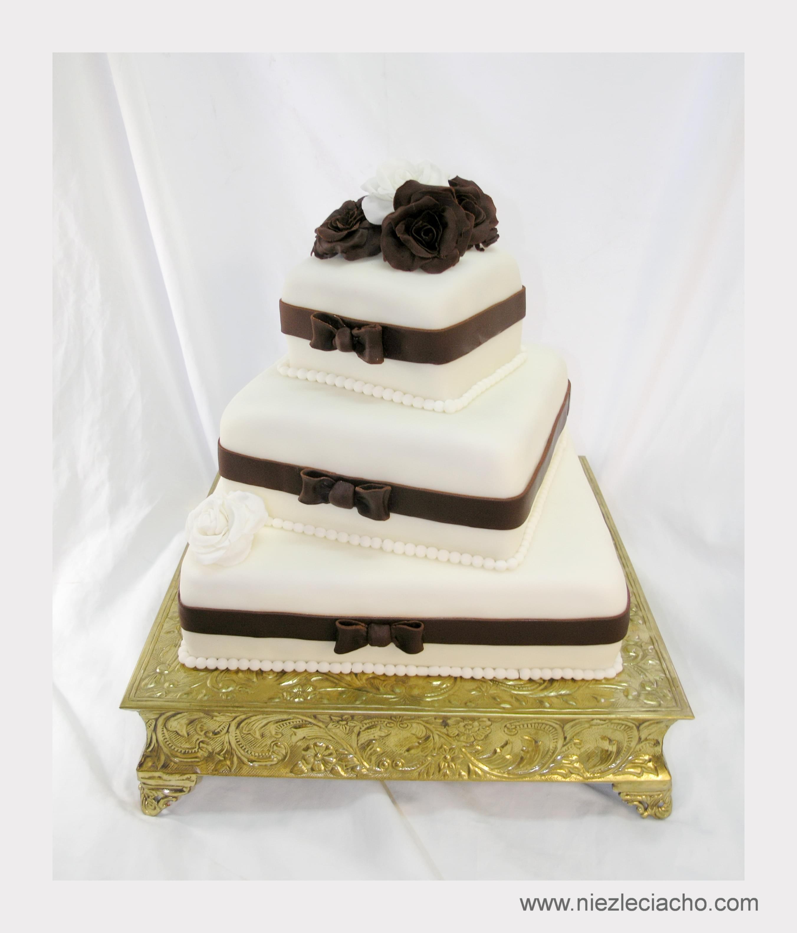 złoty artystyczny tort dobiony dekorowany ślub wesele 2013 moda trendy jaki tort co zamiast tortu