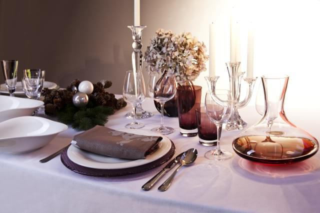 dekoracje stołu zimą
