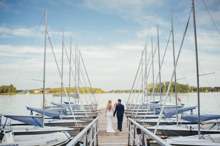 anna dedo sesja ślubna nad jeziorem zdjęcia (16)