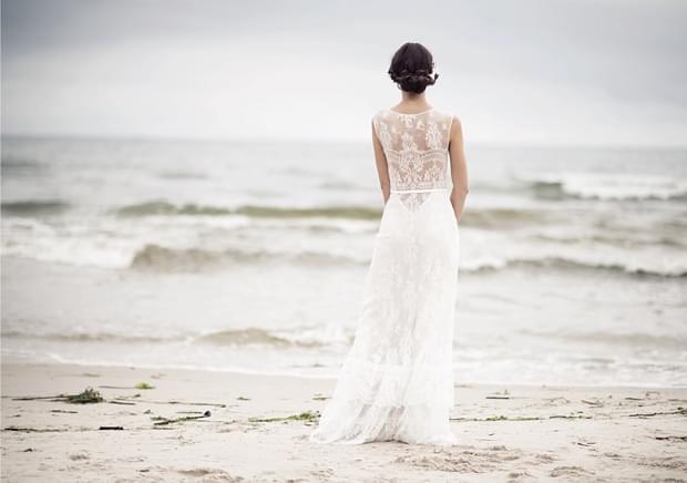 koronkowe-plecy-suknia-zdjęcie