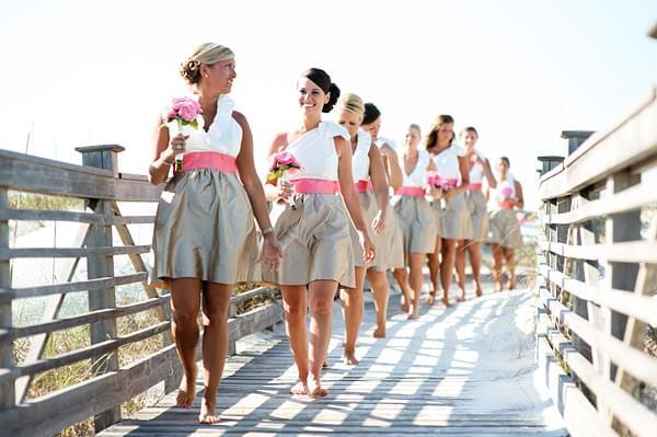 druhny na slubie sukienki dla druhen i dla świadkowej na wesele na plaży