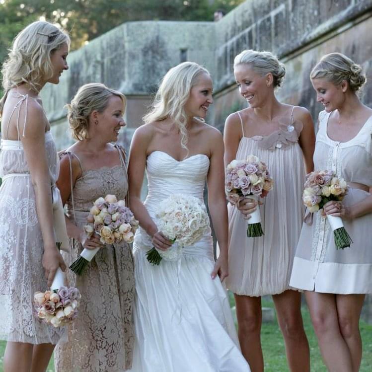 druhny na slubie sukienki dla druhen i dla świadkowej na wesele