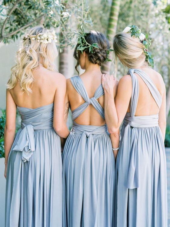 druhny niebieskie sukienki