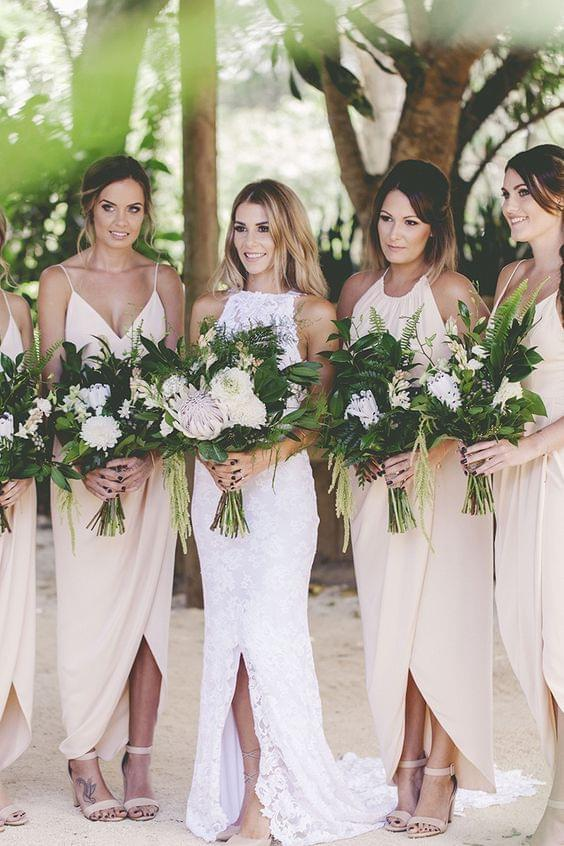 druhny pastelowe suknie