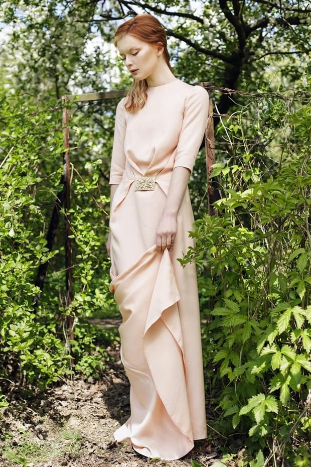 elegancka-suknia-slub-dlugi-rekaw-zdjecie