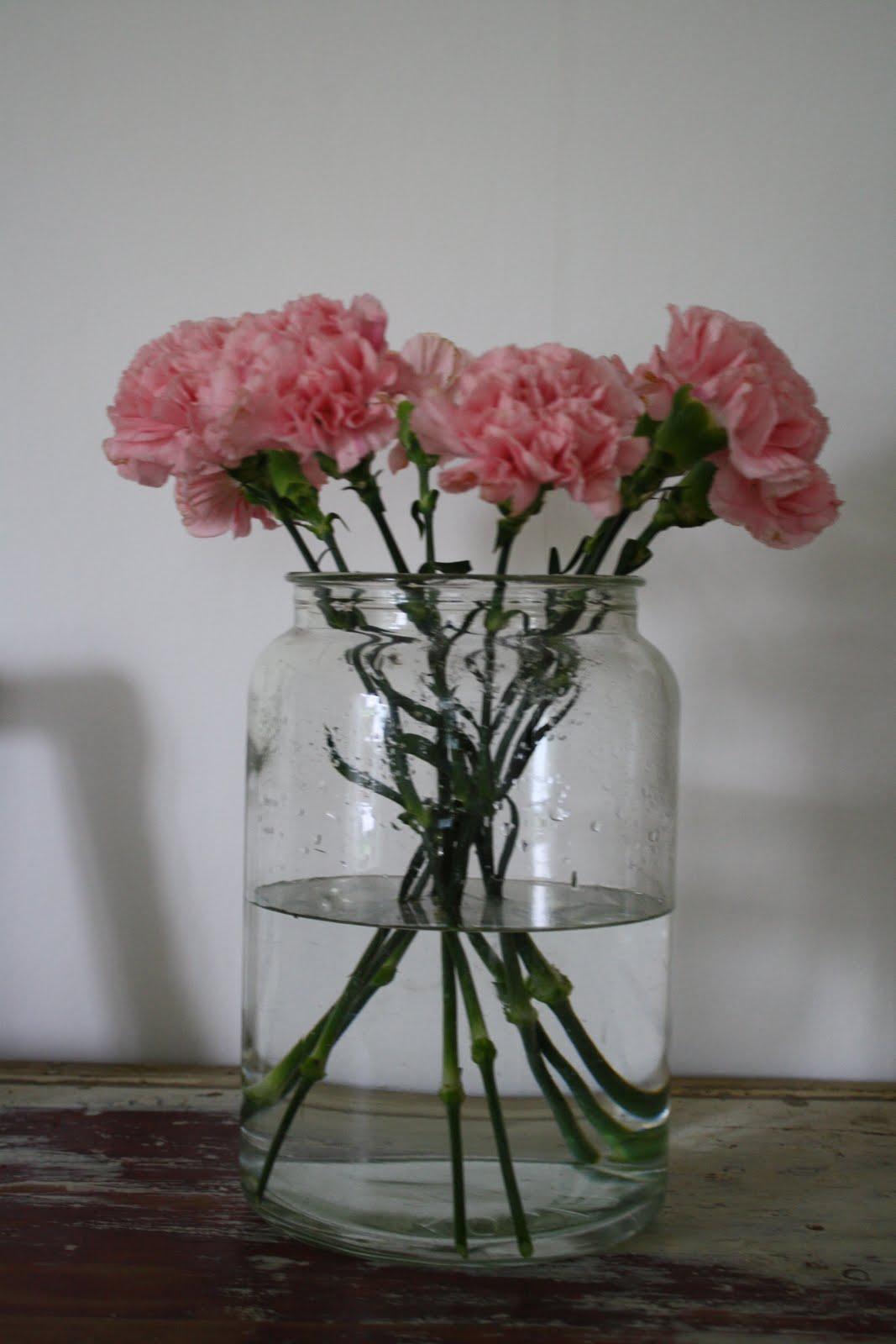 goździki wesele bukiet wazon wiązanka dekoracje