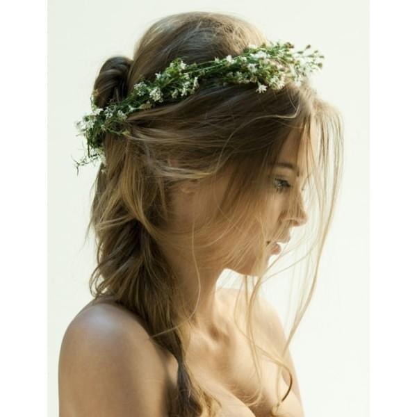 rozpuszczone włosy ślub wianek