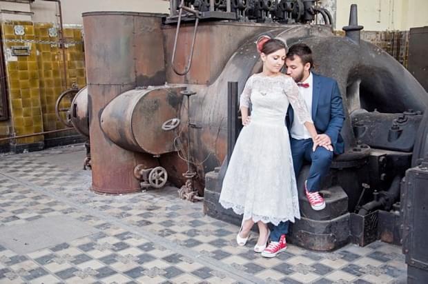 industrialna sesja ślubna w fabryce (18)