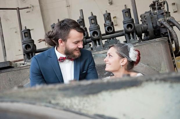 industrialna sesja ślubna w fabryce (20)