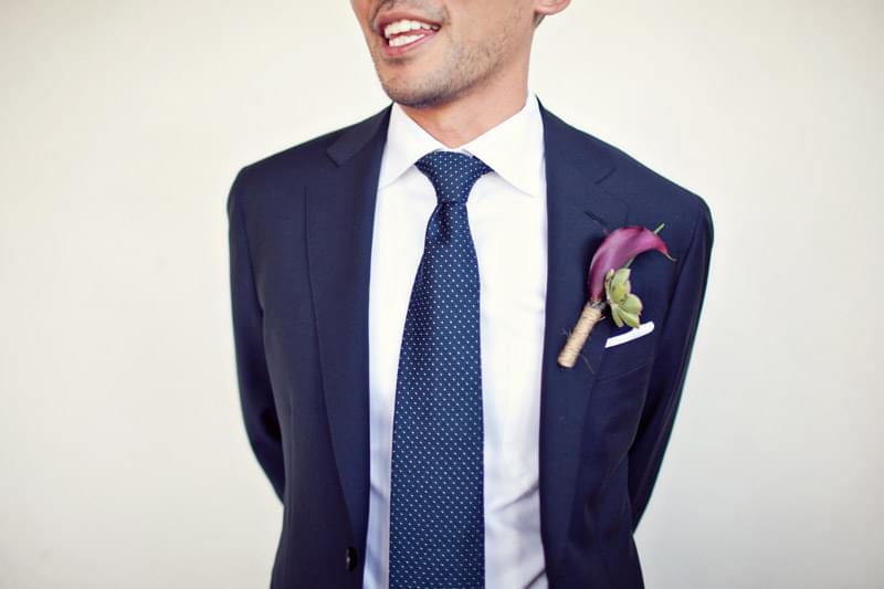 krawat w kropki