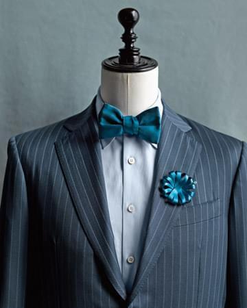 niebieska mucha muszka butonierka dla pana młodego świadka na ślub wesele