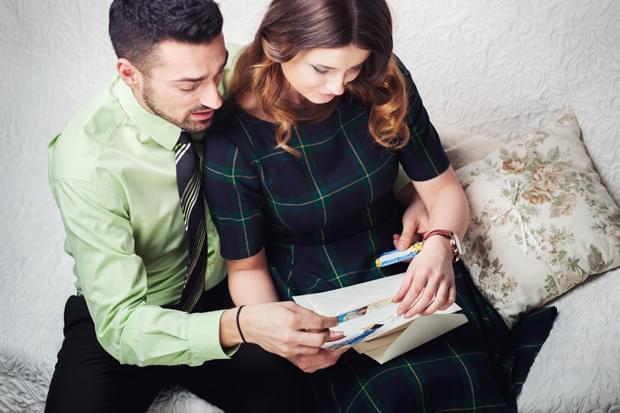 planowanie ślubu narzeczeni zdjęcie