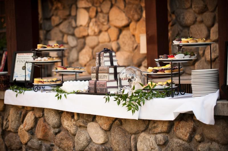 słodki stół ciasta tort artystyczny