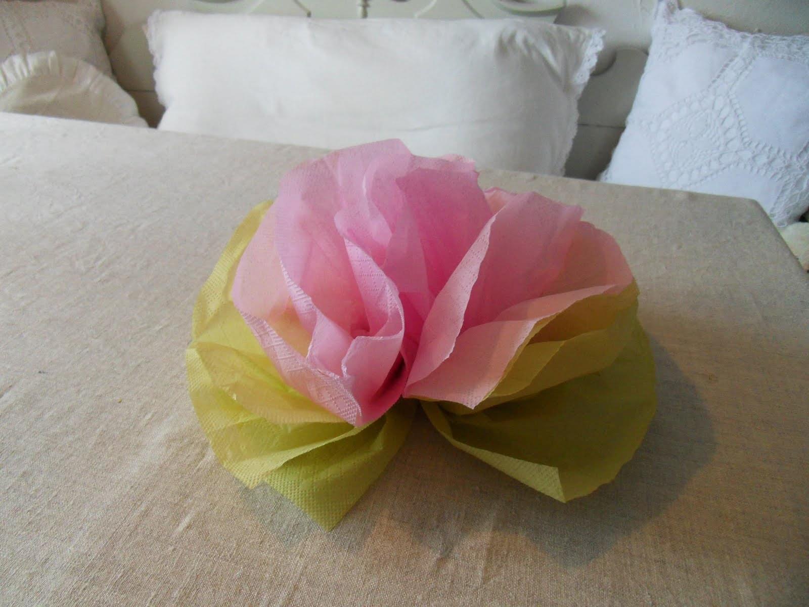 diy slubne zrób to sam dekoracje na slub i wesele z papieru serwetki na stół