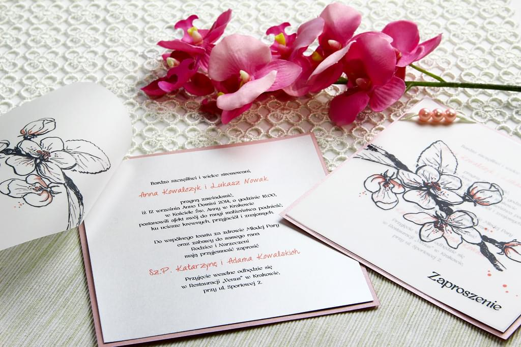 srodek-zaproszenia-slubnego-kwiat-jabloni
