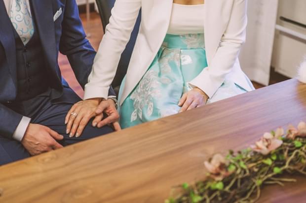 niebieska sukienka do ślubu