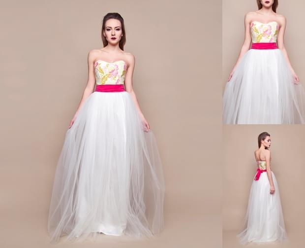 suknia-ślubna-w-kwiaty-zdjęcie