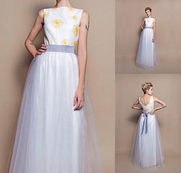 suknia-ślubna-z-tiulu-w-kwiaty-zdjęcie