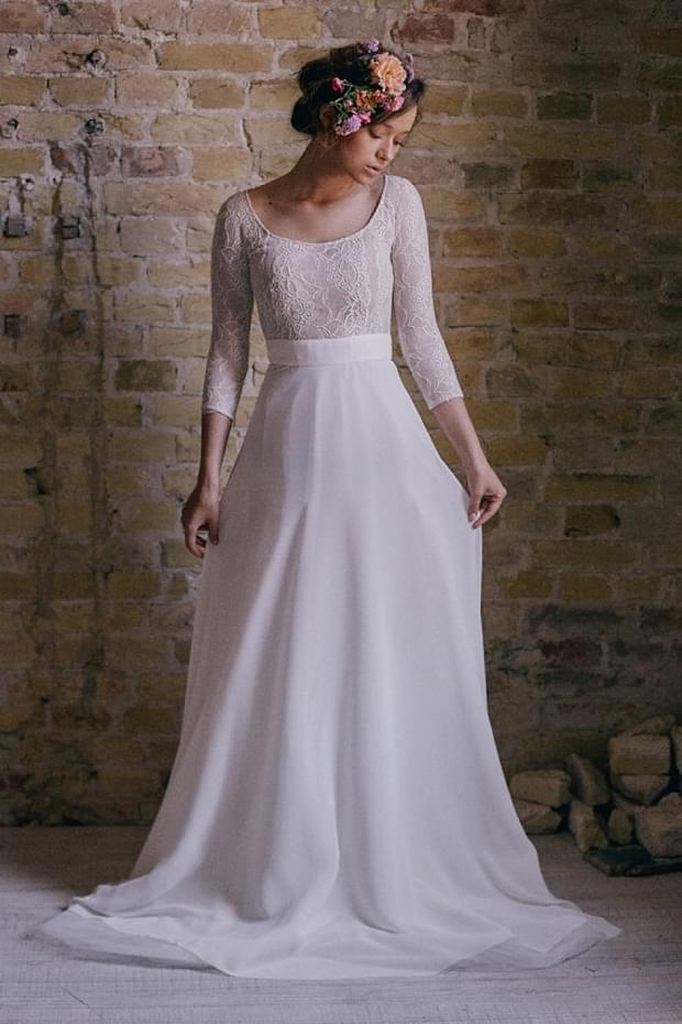 suknia z koronkową górą