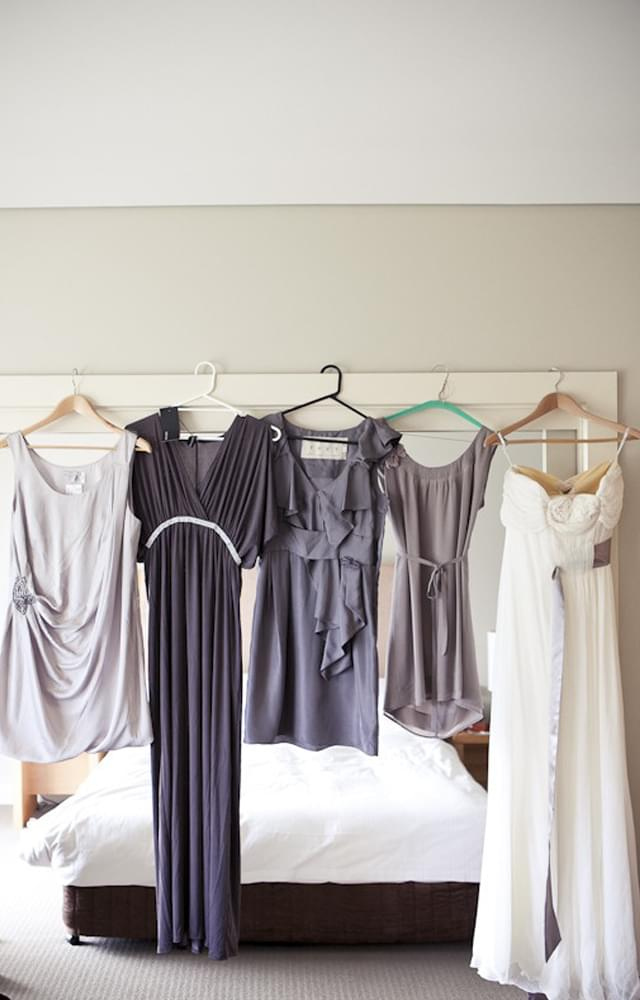 szare sukienki dla druhen panny młodej