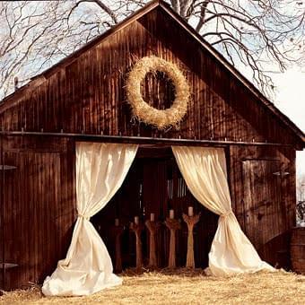 eleganckie wesele w stodole