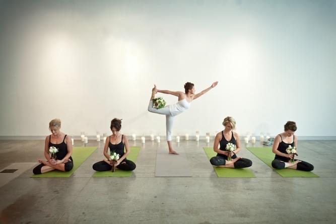 wieczor-panienski-sportowy-joga