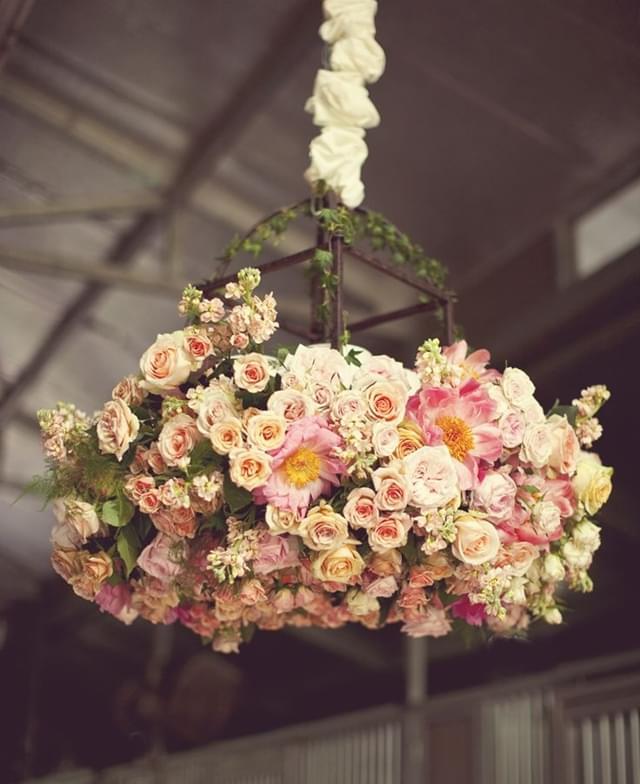 żyrandole z kwiatów wesele