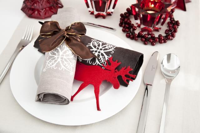 dekoracje stołu zimą wesele