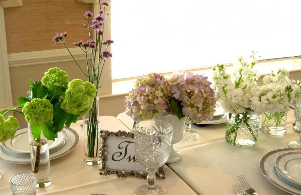 dekoracje stołu kwiaty wesele