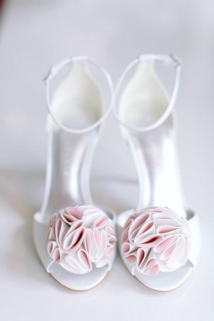 df2a7c6f Pięć lat spotkań z Klientkami, przymiarek i wyboru wyjątkowych butów  ślubnych zaowocowało autorską kolekcją sygnowaną logo Ksis Wedding Shoes.