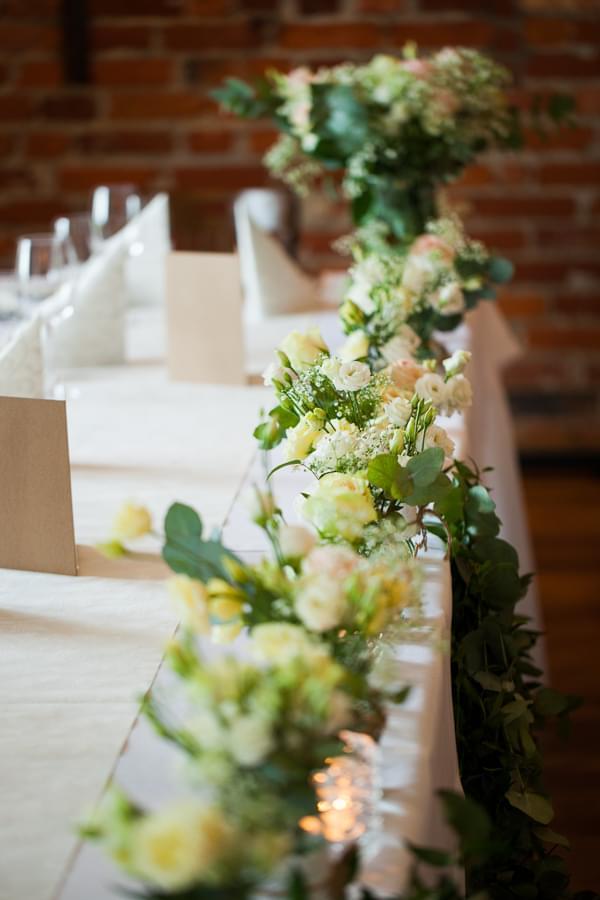 dekoracje stolu wesele para mloda