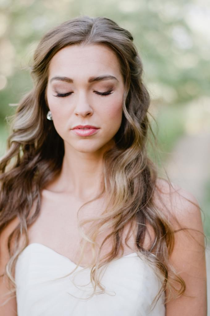 Sweet Wedding Fryzury ślubne Rozpuszczone Włosy
