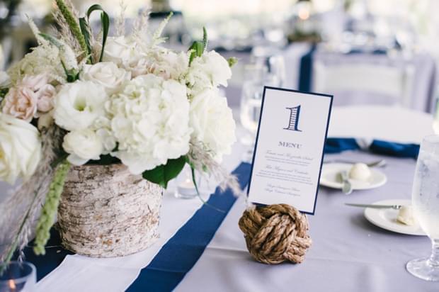inspiracje ślub wesele nad jeziorem detale dekoracje stołu