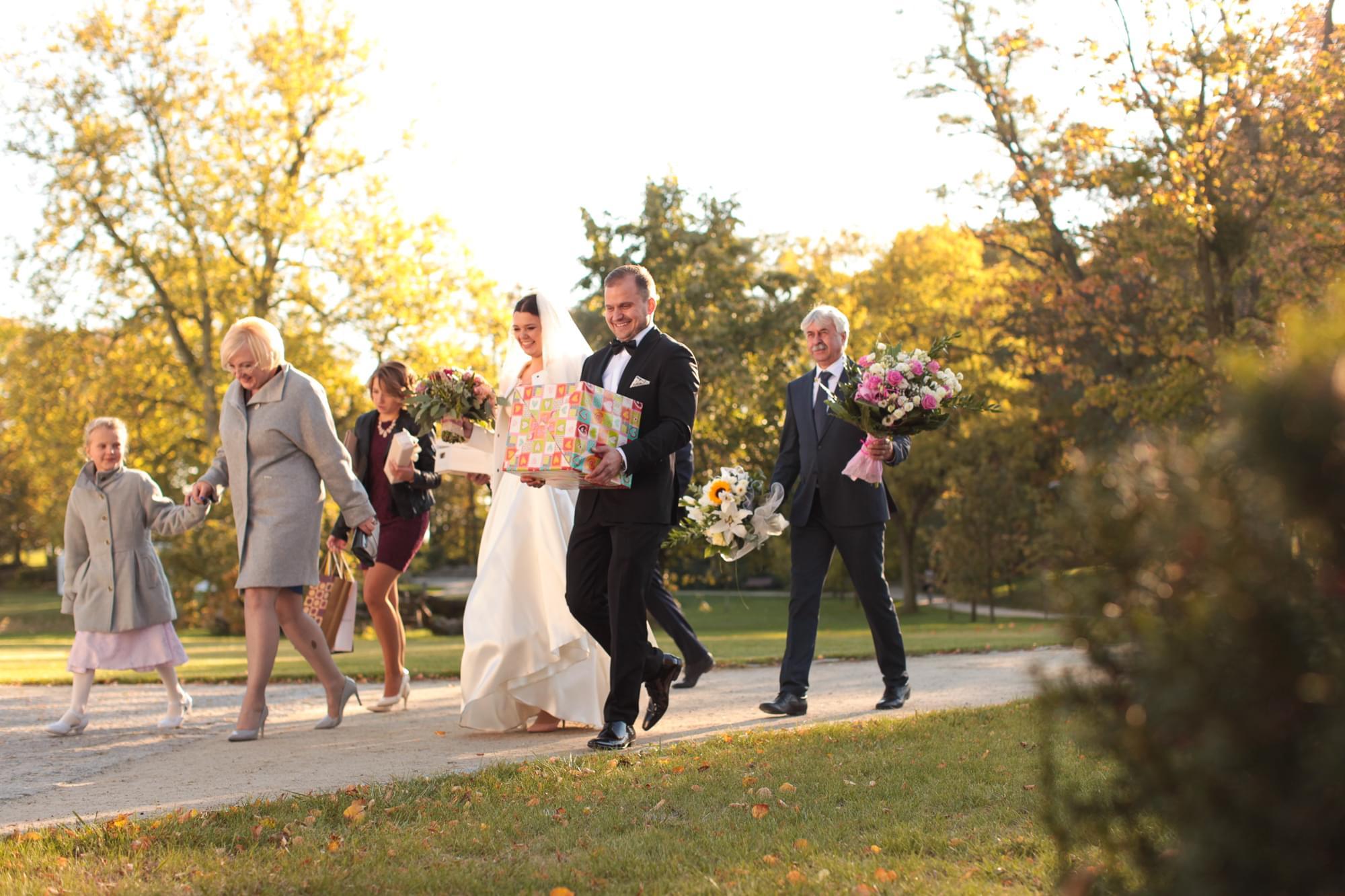 orszak gości weselnych