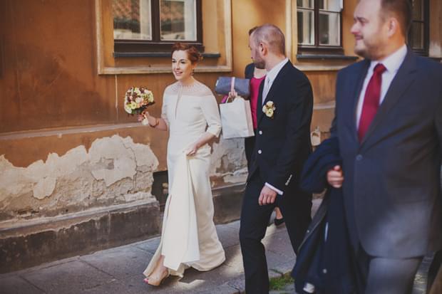 pieszo do ślubu zdjęcie