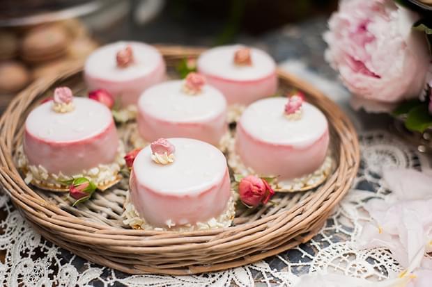 słodki stół na wesele zdjęcia (2)