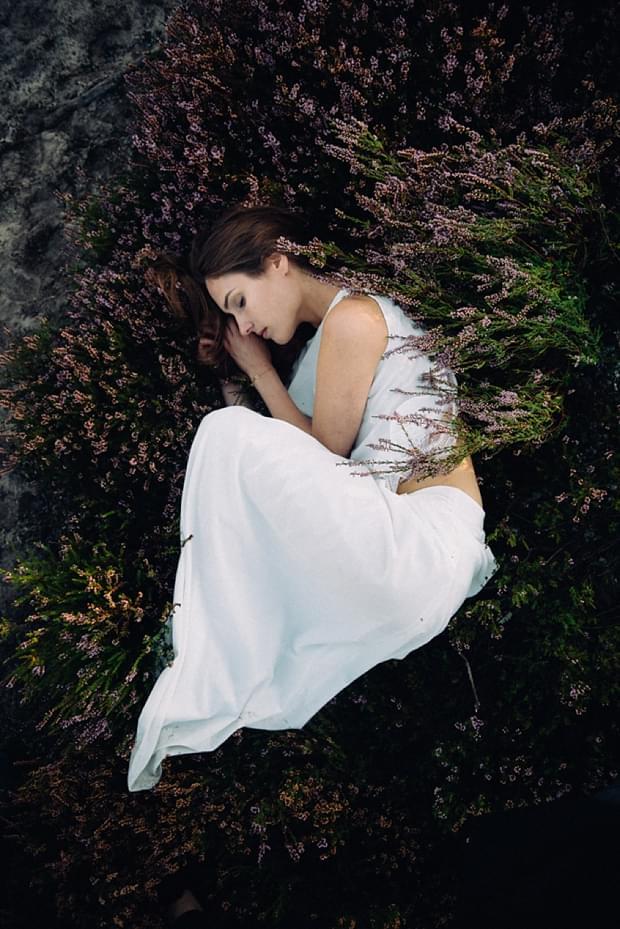 sesja-wrzosy-suknia-twardowska-zdjecie_0493