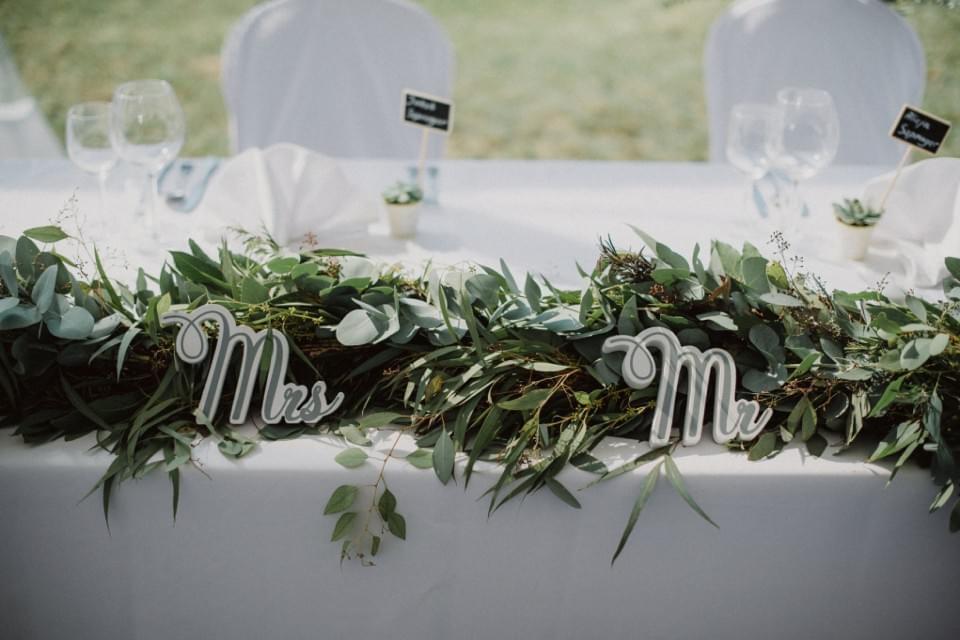 stol-pary-mlodek-dekoracje