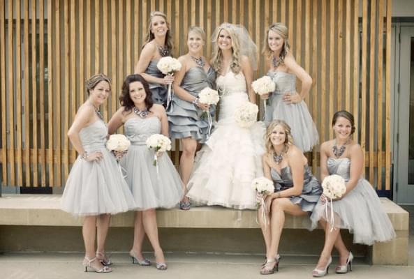 szara sukienka dla świadkowej lata 50 blog ślubny