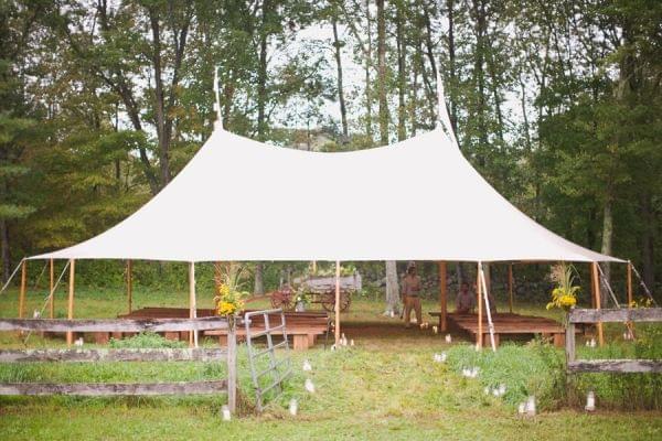 wesele pod namiotem zdjęcie